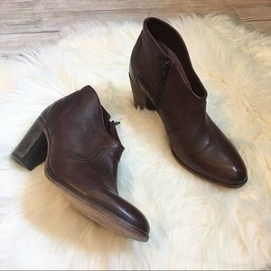 Johnston & Murphy Brown Leather Booties